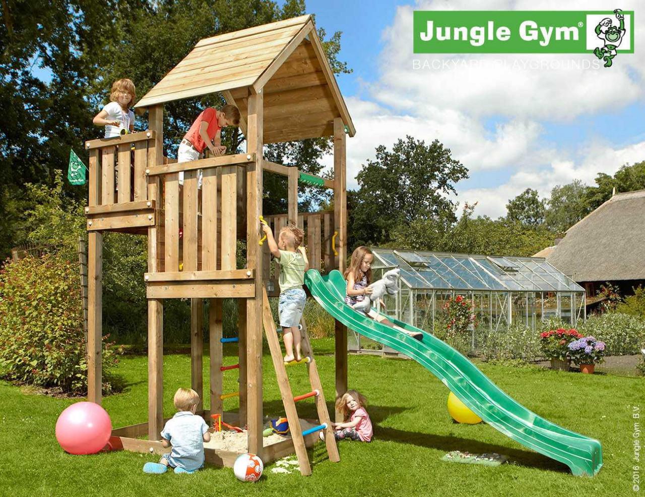 Spielturm Jungle Gym Palace in Douglasie Natur