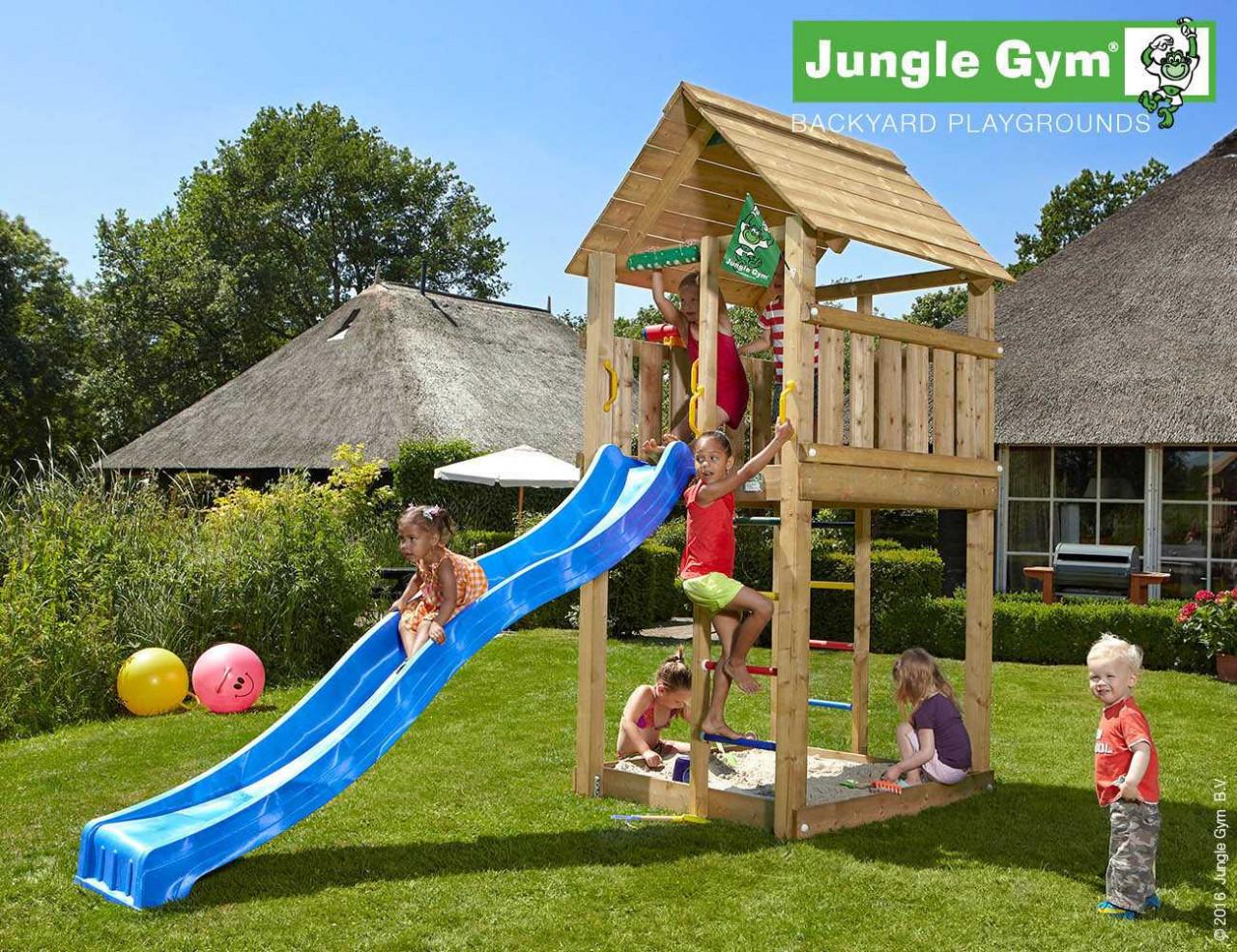 Spielturm Rutsche Cabin von Jungle Gym in Douglasie natur