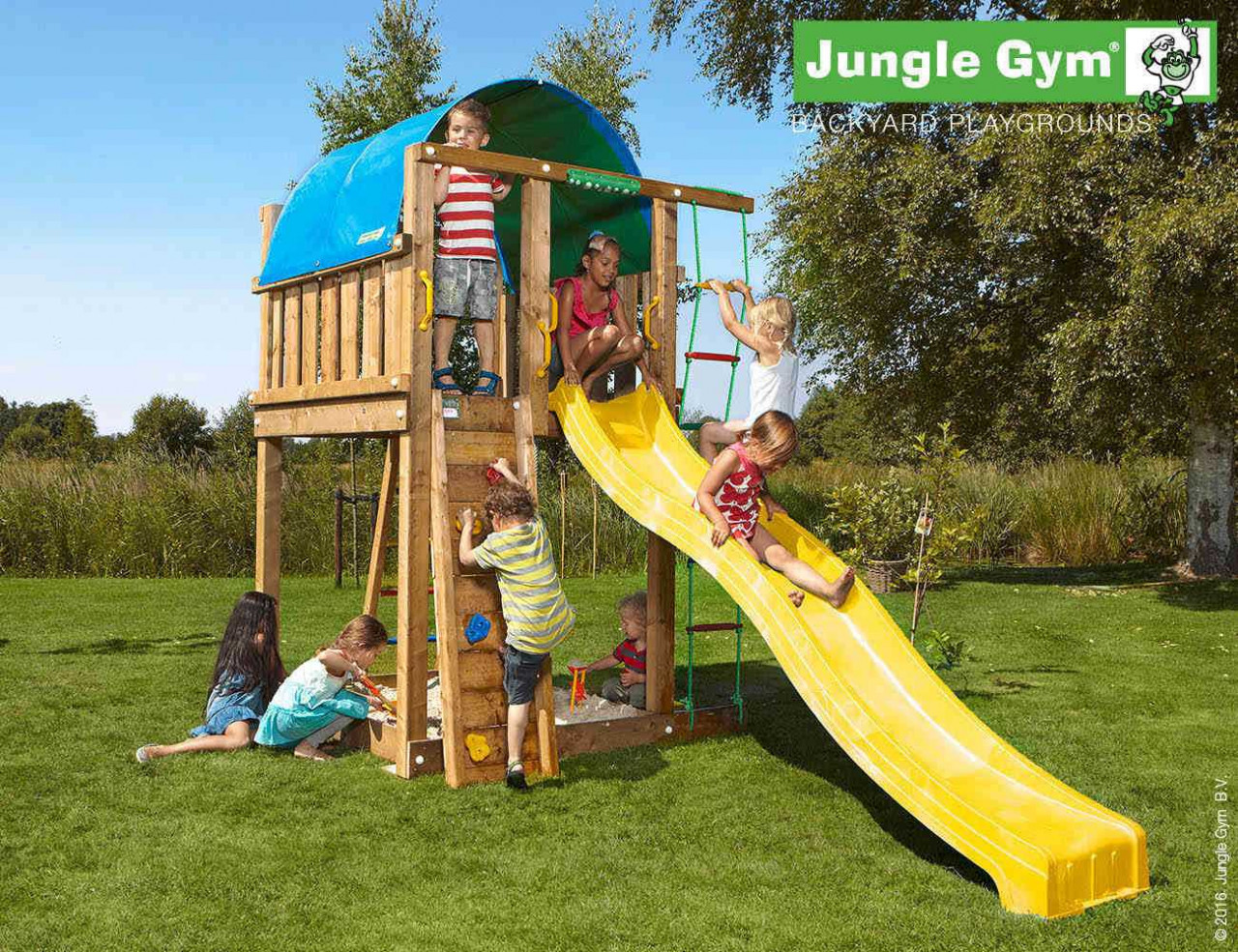 Spielturm Jungle Gym Villa in Douglasie